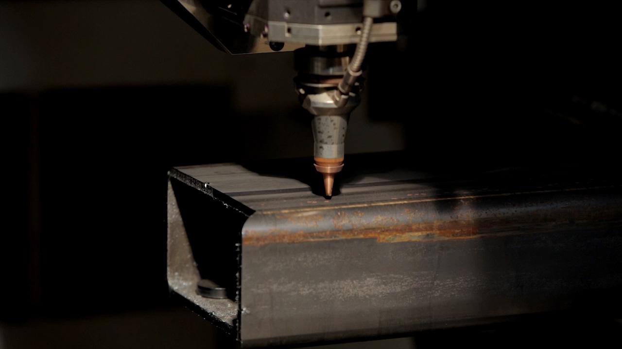 Taglio laser 3d tubi acciaio