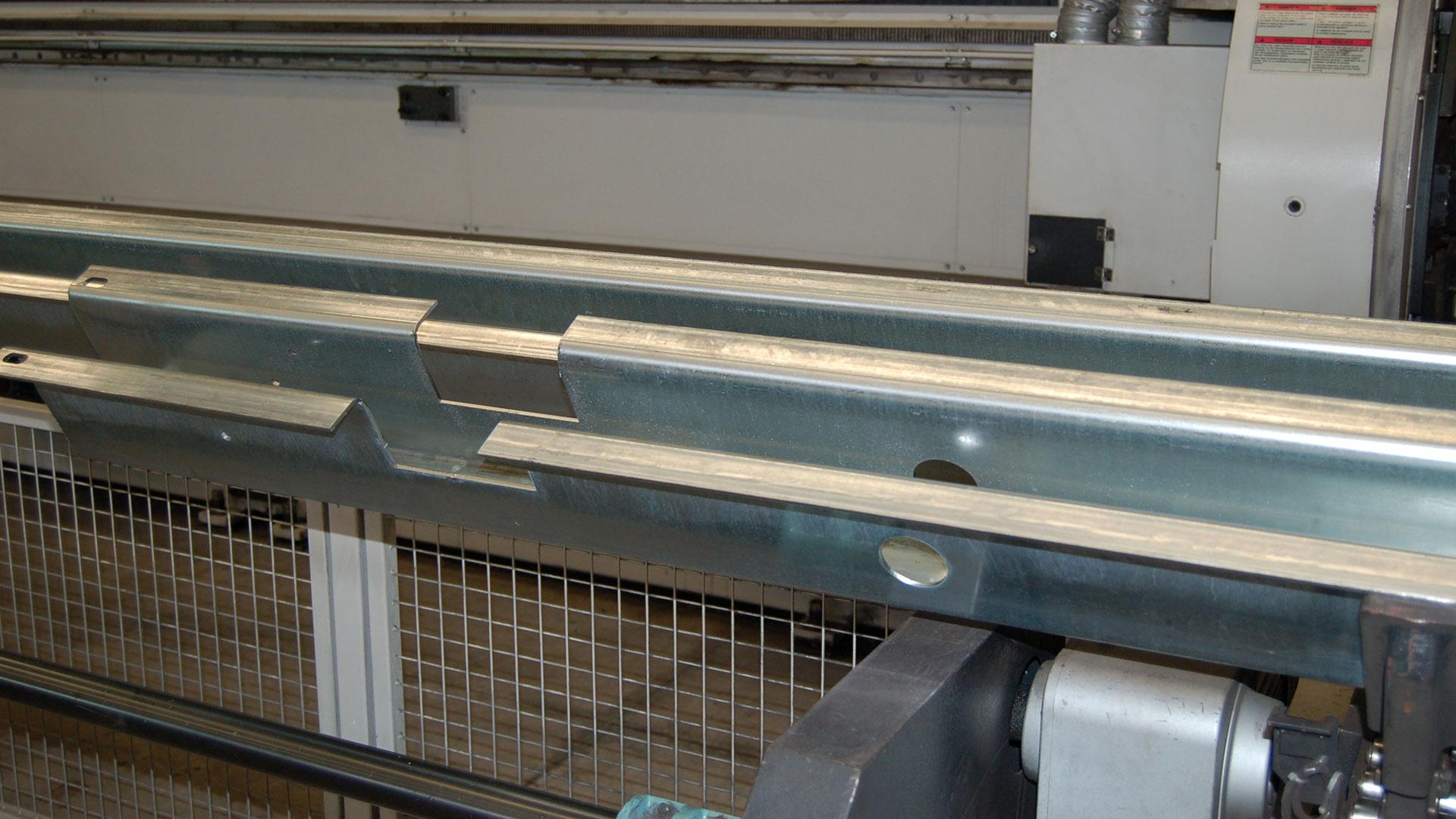 taglio-laser-omega-profili-speciali-1