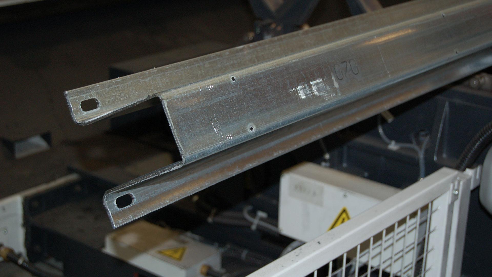 taglio-laser-omega-profili-speciali